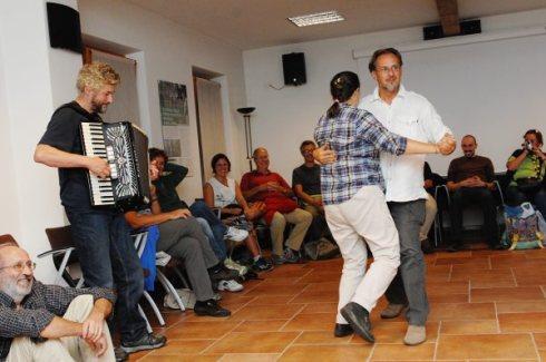 Canti e balli tradizionali